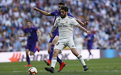 March 16, 2019 - Madrid, Madrid, Spain - Real Madrid CF's Isco Alarcon seen in action during the Spanish La Liga match round 28 between Real Madrid and RC Celta Vigo at the Santiago Bernabeu Stadium in Madrid. (Credit Image: © Manu Reino/SOPA Images via ZUMA Wire)