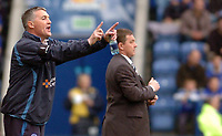 Photo: Leigh Quinnell.<br /> Leicester City v Preston North End. Coca Cola Championship. 15/04/2006. Leicester boss Rob Kelly on the touch line with Preston boss Billy Davies.