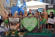 "Roma 2 Luglio  2013<br /> L'Associazione ""Animalisti Italiani Onlus"" lancia la prima campagna vegana in Italia.<br /> Testimonial, l'attrice Vegana Loredana Cannata<br /> Rome July 2nd 2013  <br /> The Association ""Animalisti Italian Onlus"" launches its first campaign vegan  in Italy .<br /> Testimonial, the actress Vegana, Loredana Cannata"