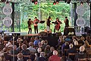 Nederland, Nijmegen, 20-5-2018MusicMeeting. Festivalterrein in park Brakkenstein. Traditioneel met pinksteren. Optredens van acts, bands, artiesten uit de wereld muziek, worldmusic . Becca Stevens .Foto: Flip Franssen