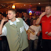 NLD/Bussum/20060121 - Snooker Club Bussum demonstratie van topdarter Darryl 'The Dazzler' Fitton