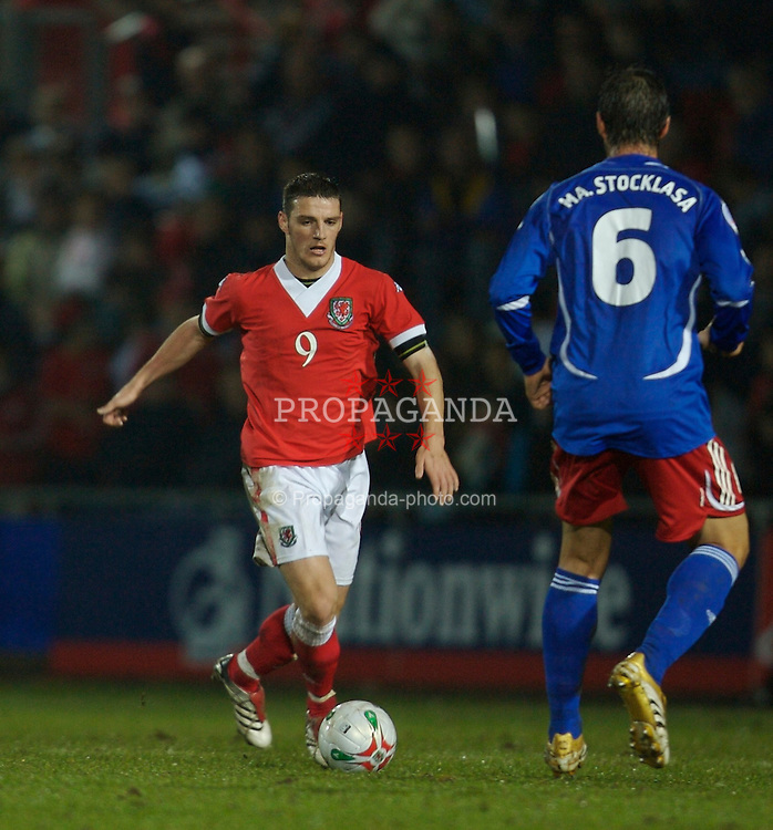WREXHAM, WALES - TUESDAY, NOVEMBER 14th, 2006: Wales' Jason Koumas in action against Liechtenstein during the International Friendly match at the Racecourse Ground. (Pic by David Rawcliffe/Propaganda)