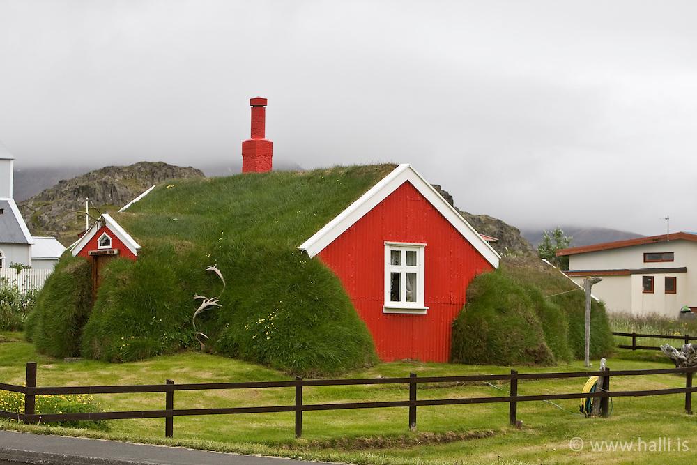 Old house with turf roof  in Borgarfjordur, eystri, east of Iceland - Gamalt hús með torfþaki  Borgarfirði eystri