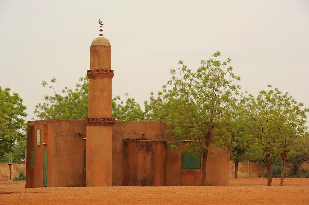 NIAMEY, NIGER  13-04-20   - A mosque in Niamey, Niger on April 20, 2013.  Photo by Daniel Hayduk