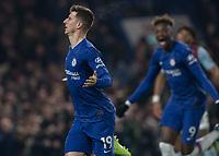 Football - 2019 / 2020 Premier League - Chelsea vs. Aston Villa<br /> <br /> Mason Mount (Chelsea FC) celebrates after scoring at Stamford Bridge <br /> <br /> COLORSPORT/DANIEL BEARHAM