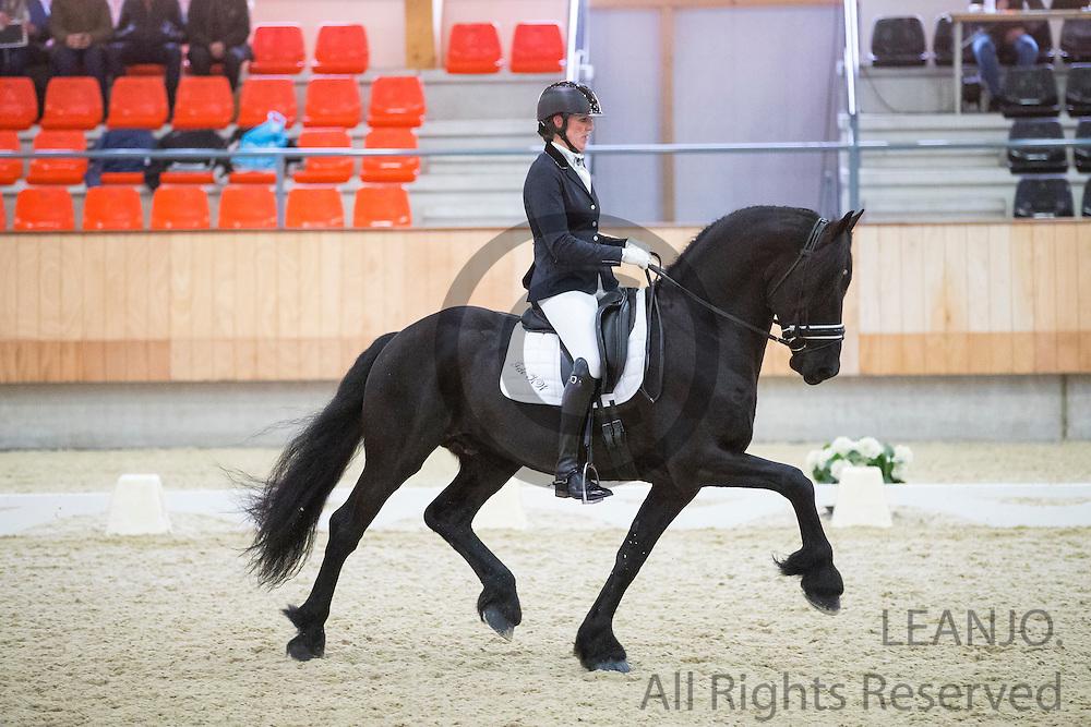 Margriet Koopmans Wiersma - Ide K.W.<br /> KNHS Indoorkampioenschappen 2017<br /> © DigiShots