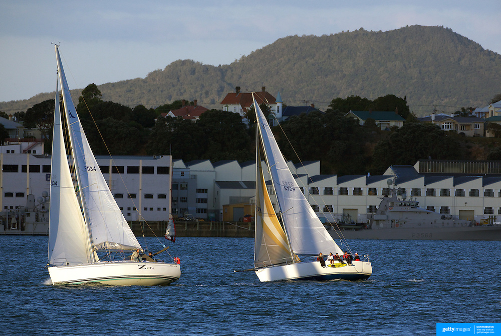 Yacht's sailing in the Hauraki Gulf in Auckland Harbour at sunset. Auckland, North Island. New Zealand, 10th November 2010. Photo Tim Clayton.