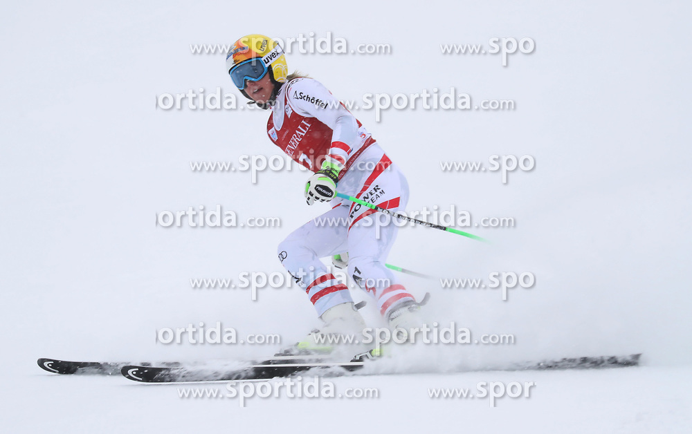 28.11.2017, Lake Louise, CAN, FIS Weltcup Ski Alpin, Lake Louise, Abfahrt, Damen, 1. Training, im Bild Cornelia Huetter (AUT) // Cornelia Huetter of Austria during the 1st practice run of ladie's Downhill of FIS Ski Alpine World Cup in Lake Louise, Canada on 2017/11/28. EXPA Pictures &copy; 2017, PhotoCredit: EXPA/ Sammy Minkoff<br /> <br /> *****ATTENTION - OUT of GER*****