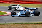 Car No 33 heads around Luffield. Silverstone Classic - 66-85 F1- 25/7/10.