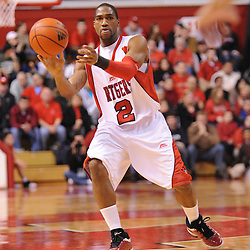 Jan 31, 2009; Piscataway, NJ, USA; Rutgers guard Anthony Farmer (2) passes to guard Mike Rosario (3) during the first half of Rutgers' 75-56 victory over DePaul in NCAA college basketball at the Louis Brown Athletic Center