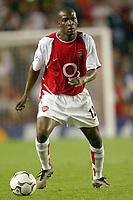 Fotball<br /> UEFA Champions League 2003/2004<br /> Arsenal v Inter<br /> 17.09.2003<br /> NORWAY ONLY<br /> Foto: Digitalsport<br /> <br /> FOOTBALL - CHAMPIONS LEAGUE 2003/04 - 1ST ROUND - GROUP B - 030917 - ARSENAL FC v FC INTERNAZIONALE - LAUREN (ARS) - PHOTO LAURENT BAHEUX
