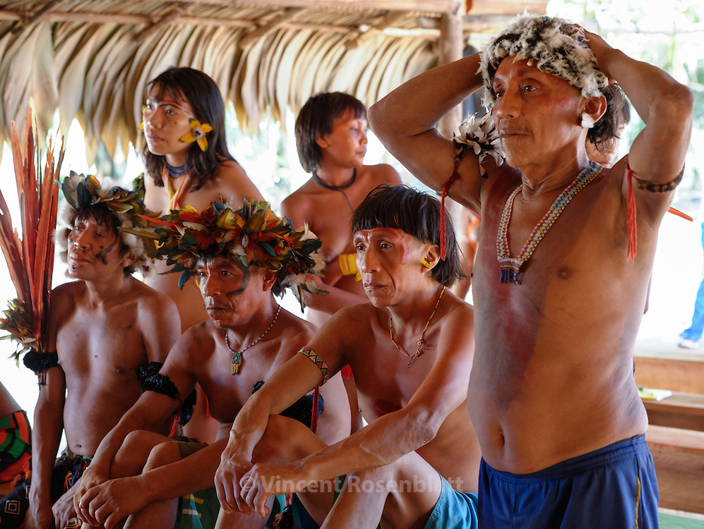 Assembly of Yanomami people - serious expressions when hearing about the slaughter of the Venezuelian Yanomami´s by Brazilian goldminers.