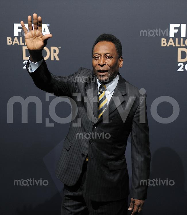 Fussball International  FIFA Ballon d Or / Weltfussballer 2011   09.01.2012 Pele (Brasilien)