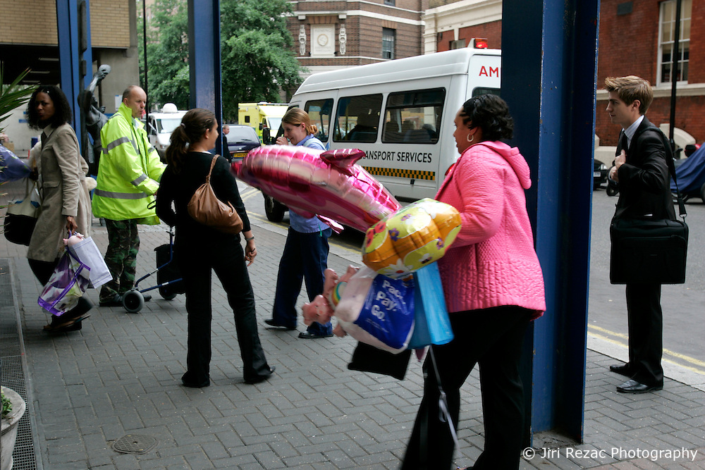 UK ENGLAND LONDON 8JUL05 - Relatives of a bombing victim arrive at the Accident and Emergency department of St. Mary's hospital in Paddington, central London. At least 37 people have been killed and hundreds injured after four blasts on the Underground network and a double-decker bus in London...jre/Photo by Jiri Rezac ..© Jiri Rezac 2005..Contact: +44 (0) 7050 110 417.Mobile:  +44 (0) 7801 337 683.Office:  +44 (0) 20 8968 9635..Email:   jiri@jirirezac.com.Web:    www.jirirezac.com..© All images Jiri Rezac 2005 - All rights reserved.