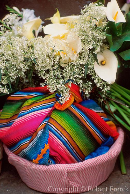 GUATEMALA, MARKETS Chichicastenango, selling flowers