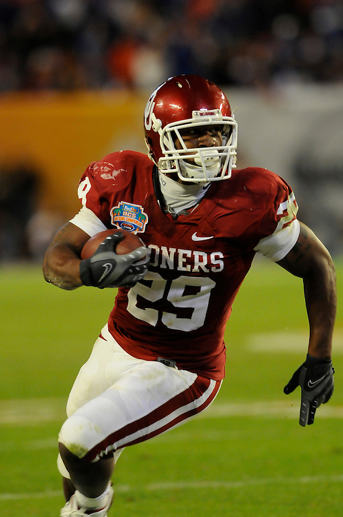 January 8, 2009: Chris Brown of the Oklahoma Sooners in action during the NCAA football game between the Florida Gators and the Oklahoma Sooners in the 2009 BCS National Championship Game. The Gators defeated the Sooners 24-14.