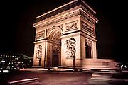 Stock / Evening view of Arc de Triomphe.