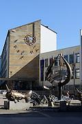Rathaus, Brunnen, Adenauerplatz, Friedrichshafen, Bodensee, Baden-Württemberg, Deutschland
