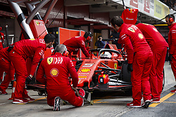 February 20, 2019 - Barcelona, Spain - VETTEL Sebastian (ger), Scuderia Ferrari SF90, action pitstop during Formula 1 winter tests from February 18 to 21, 2019 at Barcelona, Spain - Photo  /  Motorsports: FIA Formula One World Championship 2019, Test in Barcelona, (Credit Image: © Hoch Zwei via ZUMA Wire)