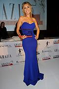 Uitreiking Grazia Red Carpet Awards in the Grand, Amsterdam.<br /> <br /> Op de foto:  Yolanthe Sneijder-Cabau met haar Red Carpet Style Goddess Award
