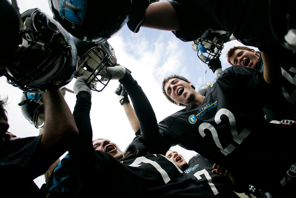 (Santiago de Compostela, Spain - April 18, 2010) - The Galicia Black Towers huddle up before their playoff game against the Oporto Lumberjacks. <br />