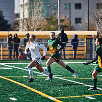 2nd year mid-fielder, Taylor Bubnick (28) of the Regina Cougars during the Women's Soccer home game on Sun Oct 14 at U of R Field. Credit: Arthur Ward/Arthur Images