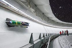 20.02.2016, Olympiaeisbahn Igls, Innsbruck, AUT, FIBT WM, Bob und Skeleton, Herren, Viererbob, 2. Lauf, im Bild Steven Holcomb, Frank Delduca, Carlo Valdes, Samuel Mcguffie (USA) // Steven Holcomb Frank Delduca Carlo Valdes Samuel Mcguffie of the USA competes during Four-Man Bobsleigh 2nd run of FIBT Bobsleigh and Skeleton World Championships at the Olympiaeisbahn Igls in Innsbruck, Austria on 2016/02/20. EXPA Pictures © 2016, PhotoCredit: EXPA/ Johann Groder