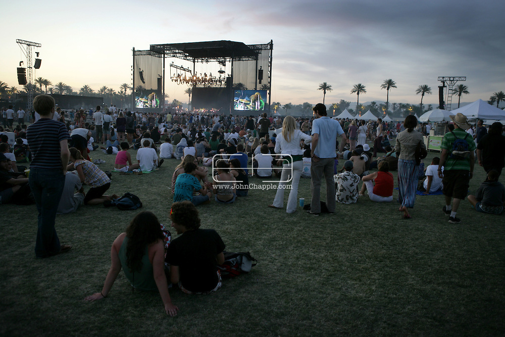 27th April 2008, Coachella, California. The Coachella Music festival. PHOTO © JOHN CHAPPLE / REBEL IMAGES