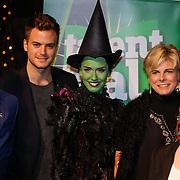 NLD/Scheveningen/20121030 - Uitreiking Talent voor Taal 2012 prijs, Jim Bakkum, Renee van Wegberg en Pr. Laurentien