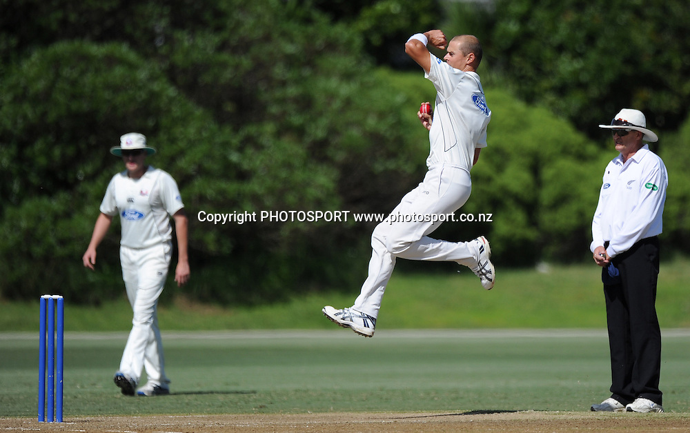 Auckland's Chris Martin bowling during the Plunket Shield domestic cricket match, Auckland Aces v Canterbury Wizards. Colin Maiden Park, Auckland. Wednesday 30 March 2011. Photo: Andrew Cornaga/photosport.co.nz