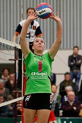 31-01-2013 VOLLEYBAL: BEKER VVC VUGHT - EUROSPED : VUGHT <br /> Florieke Eggermont, Eurosped<br /> ©2012-FotoHoogendoorn.nl / Pim Waslander