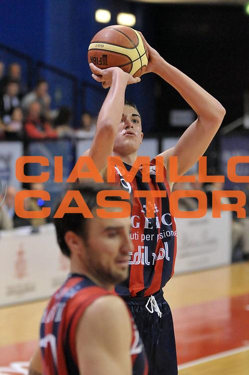 DESCRIZIONE : Biella Lega A 2011-12 Angelico Biella Bennet Cantu<br /> GIOCATORE : Marco Lagana<br /> CATEGORIA : Tiro<br /> SQUADRA : Angelico Biella<br /> EVENTO : Campionato Lega A 2011-2012<br /> GARA : Angelico Biella Bennet Cantu<br /> DATA : 29/04/2012<br /> SPORT : Pallacanestro<br /> AUTORE : Agenzia Ciamillo-Castoria/S.Ceretti<br /> Galleria : Lega Basket A 2011-2012<br /> Fotonotizia : Biella Lega A 2011-12 Angelico Biella Bennet Cantu<br /> Predefinita :
