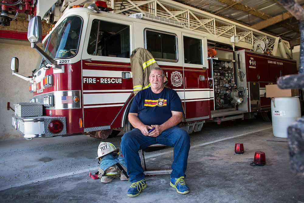 Tommy Sullivan is the head of Big Spring Texas volunteer fire department. He does his best to make sure his firemen are prepared for all situations including those related to the fracking industry. <br /> The fracking industry has made his job more challenging.