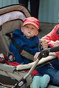 Linnanma?ki (Borgbacken) Luna Park. Kid with ice cream.