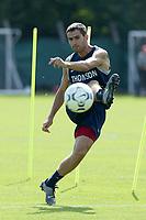 Fotball<br /> Frankrike<br /> Oppkjøring til den franske ligaen 2003/2004<br /> Foto: DPPI/Digitalsport<br /> <br /> NORWAY ONLY<br /> <br /> FOOTBALL - MISCS FOOT - 030722 - PARIS SG - PAULETA (PSG) - PHOTO GUY JEFFROY / FLASH PRESS