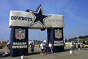 Display outside Texas Stadium before Dallas Cowboys vs San Diego Chargers game on 09/23/2001..©Wesley Hitt/NFL Photos