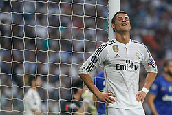 13.05.2015, Estadio Santiago Bernabeu, Madrid, ESP, UEFA CL, Real Madrid vs Juventus Turin, Halbfinale, Rückspiel, im Bild Real Madrid´s Cristiano Ronaldo cries // during the UEFA Champions League semi finals 2nd Leg match between Real Madrid CF and Juventus FC at the Estadio Santiago Bernabeu in Madrid, Spain on 2015/05/13. EXPA Pictures © 2015, PhotoCredit: EXPA/ Alterphotos/ Victor Blanco<br /> <br /> *****ATTENTION - OUT of ESP, SUI*****