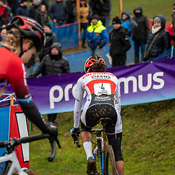 2019-12-14 Cycling: dvv verzekeringen trofee: Ronse: The only view her opponents head on Ceylin del Carmen Alvarado in the Hotondross