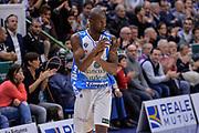 DESCRIZIONE : Campionato 2015/16 Serie A Beko Dinamo Banco di Sardegna Sassari - Umana Reyer Venezia<br /> GIOCATORE : Brenton Petway<br /> CATEGORIA : Ritratto Esultanza<br /> SQUADRA : Dinamo Banco di Sardegna Sassari<br /> EVENTO : LegaBasket Serie A Beko 2015/2016<br /> GARA : Dinamo Banco di Sardegna Sassari - Umana Reyer Venezia<br /> DATA : 01/11/2015<br /> SPORT : Pallacanestro <br /> AUTORE : Agenzia Ciamillo-Castoria/L.Canu