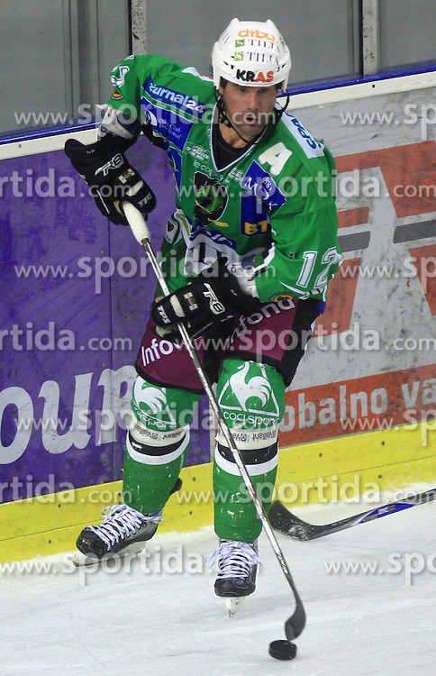 Todd Elik at 39th Round of EBEL League ice hockey match between HDD Tilia Olimpija and HK Acroni Jesenice, on December 30, 2008, in Arena Tivoli, Ljubljana, Slovenia. Tilia Olimpija won 4:3. (Photo by Vid Ponikvar / SportIda).