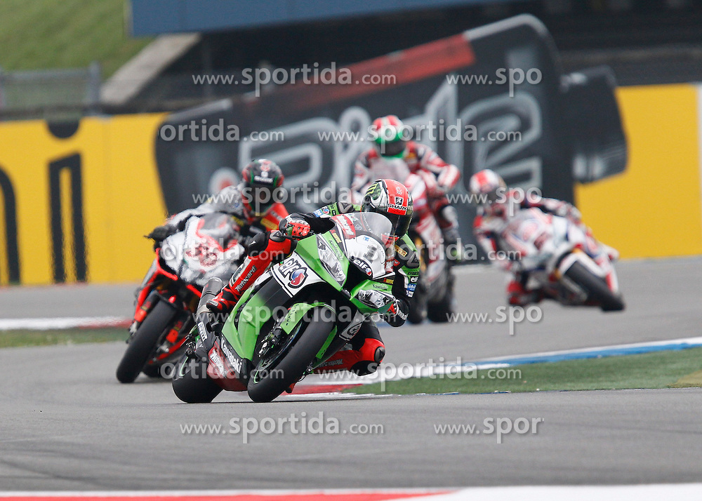 27.04.2014, TT Assen Circuit, Assen, NED, FIM, Superbike World Championship, Assen, Warm Up, Rennen, im Bild 1 Tom Sykes vor 50 Sylvain Guintoli // during the Warm up and Race of Round 3 - Assen FIM Superbike World Championship at the TT Assen Circuit in Assen, Netherlands on 2014/04/27. EXPA Pictures &copy; 2014, PhotoCredit: EXPA/ Eibner-Pressefoto/ Stiefel<br /> <br /> *****ATTENTION - OUT of GER*****
