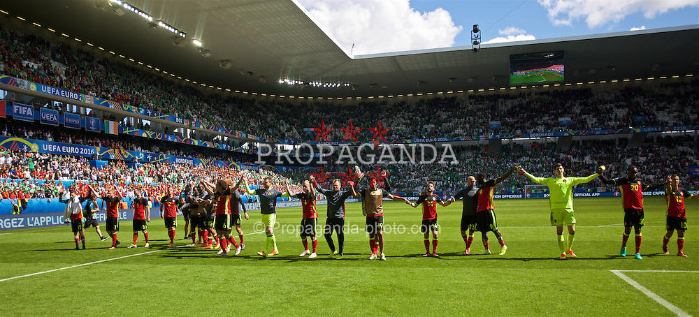 BORDEAUX, FRANCE - Saturday, June 18, 2016: Belgium's players salute the supporters after the UEFA Euro 2016 Championship Group E match against the Republic of Ireland at Stade de Bordeaux. (Pic by Paul Greenwood/Propaganda)