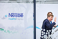 NUNSPEET - King Willem-Alexander opens the expansion of Nestle's baby food factory. After the opening ceremony, the king was given a tour of the factory. copyrught robin utrecht