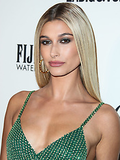 """Hailey Baldwin Reportedly Trademarks Married Name 'Hailey Bieber"""" - 19 Oct 2018"""