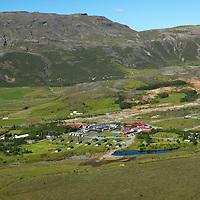 Geysir, Strokkur gys, Haukadalur, Biskupstungnahreppur, Bláskógabyggð /.Geysir site in Haukadalur. The spring Strokkur erupting, Biskupstungnahreppur, Blaskogabyggd