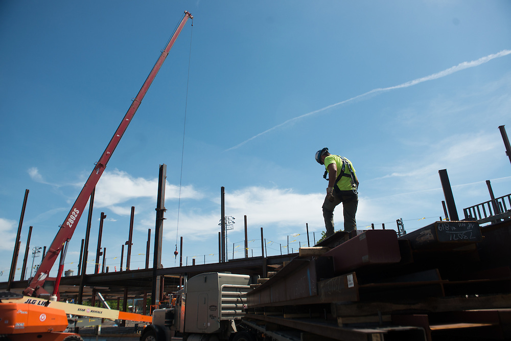 Construction of the Hemmingson Center. (Photo by Rajah Bose)
