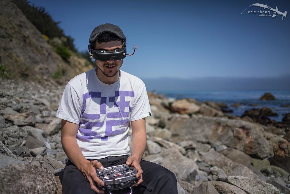 Carlos Fernandez Puertolas (CHARPU) flies Shelter Cove and the Linda Mar Beach Walk in Pacifica, California.