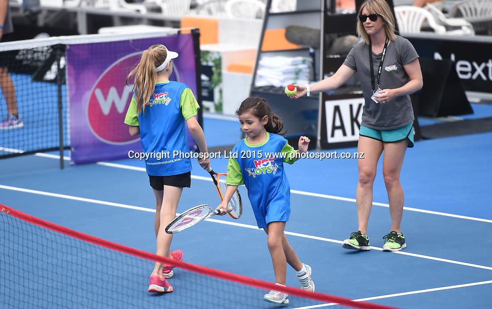 Hot Shots kids tennis on Quarter Finals day at the ASB Classic WTA International. ASB Tennis Centre, Auckland, New Zealand. Thursday 8 January 2015. Copyright photo: Andrew Cornaga/www.photosport.co.nz