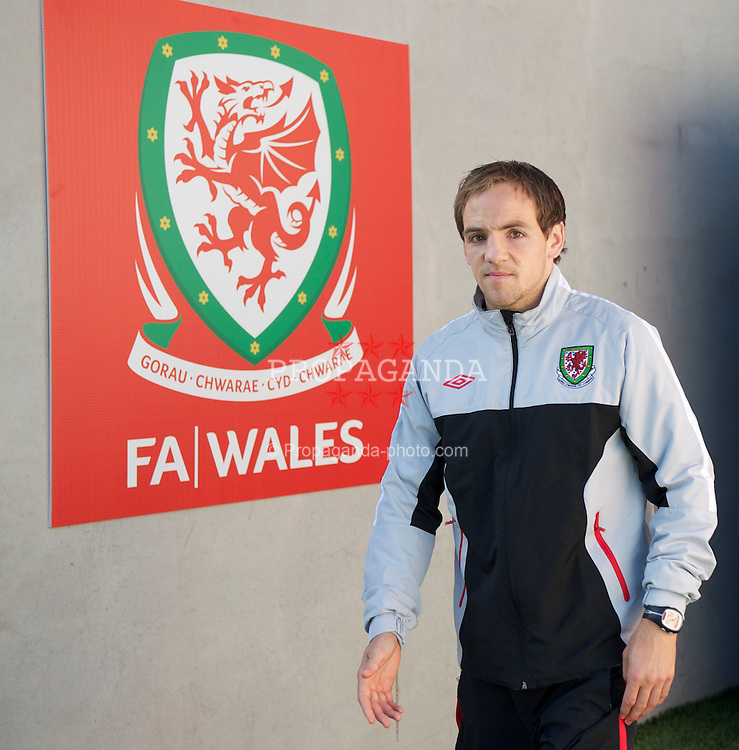 CARDIFF, WALES - Wednesday, October 6, 2010: Wales' David Vaughan during a training session at the Cardiff City Stadium ahead of the Euro 2012 qualifying Group G match against Bulgaria. (Pic by David Rawcliffe/Propaganda)
