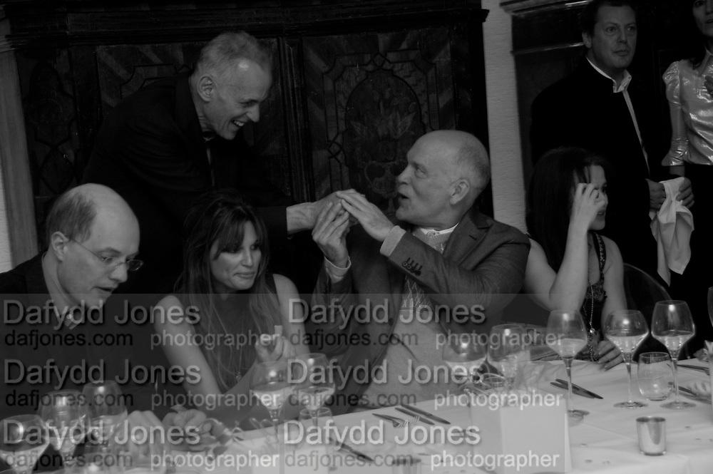 ALAIN DE BOTTON; JAMES FOX; JEMIMA KHAN; JOHN MALKOVICH; HELENA BONHAM CARTER; MATTHEW FREUD, Freud Museum dinner, Maresfield Gardens. 16 June 2011. <br /> <br />  , -DO NOT ARCHIVE-© Copyright Photograph by Dafydd Jones. 248 Clapham Rd. London SW9 0PZ. Tel 0207 820 0771. www.dafjones.com.